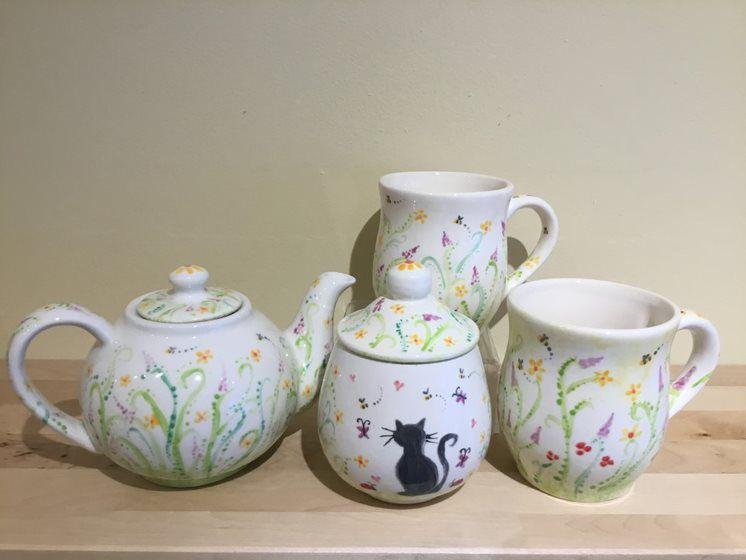 flower and cat hand painted tea set